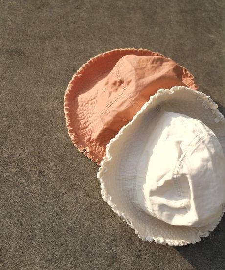 Fringe bucket hat