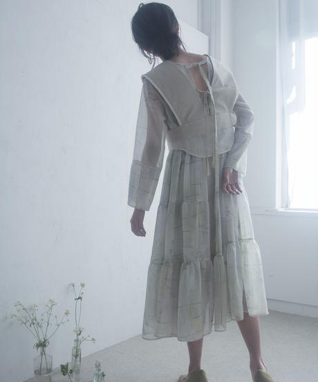 flow of time tiered one-piece <21sp-on-01>