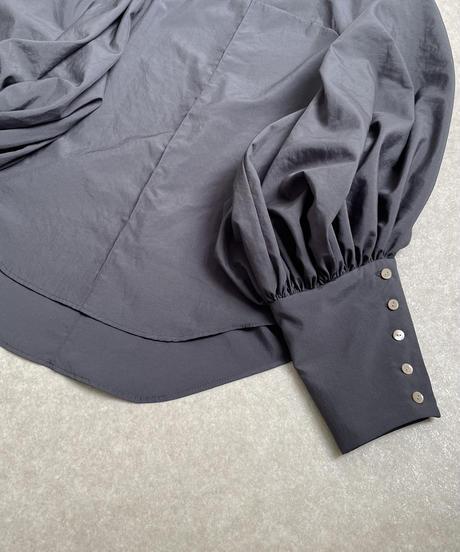 center seam puff sleeve dark grey <20as-bl-01-da>