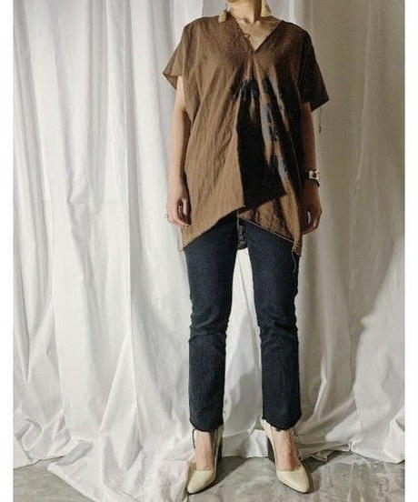 gauze logo print blouse  (brown)