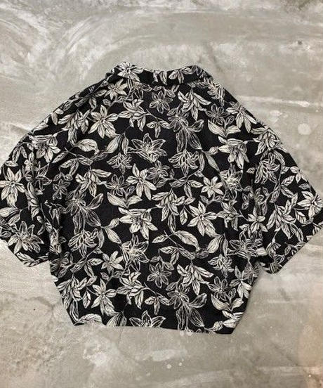 open collar pattern shirt	(black)