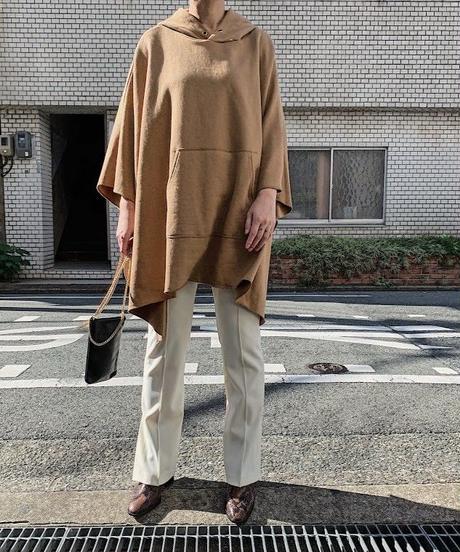 sweat poncho  (camel)
