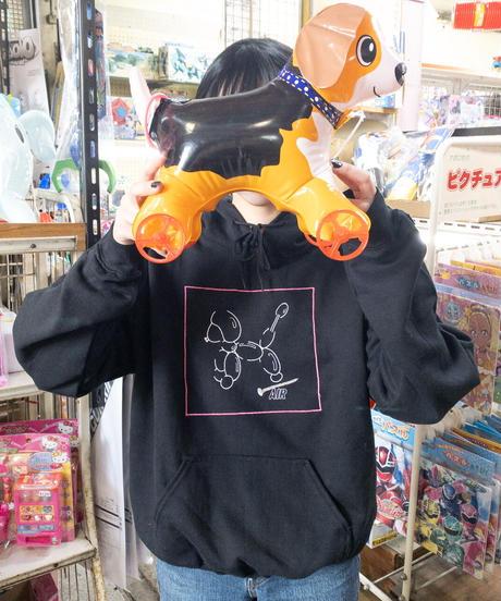 《SAU》「空気の犬」パーカー/BLACK(缶バッヂとステッカーのおまけ付き)