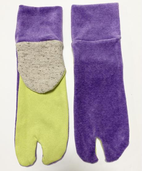 《ぺーどろりーの》足袋靴下(パープルベロア×蛍光黄緑)