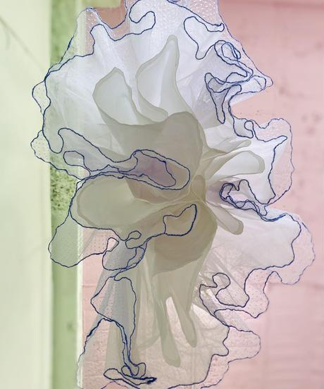 レースとスパンコール刺繍のラベンダーdress