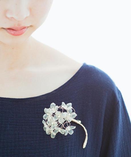 SA:RA   clear ajisai corsage