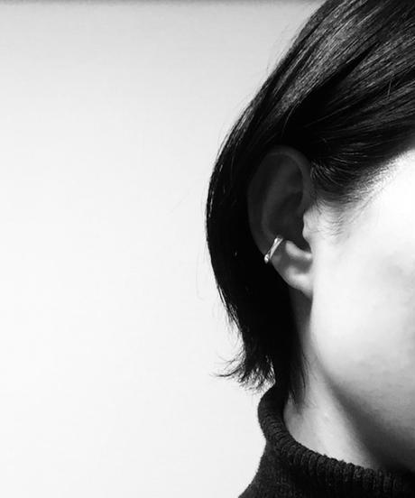 sumiiro | bite  earcuff