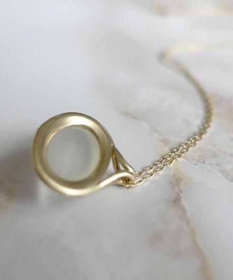 LISRIQUE | outline necklace