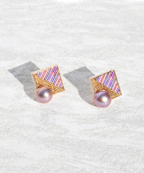 RITUAL | Square Pearl earring | pale pink