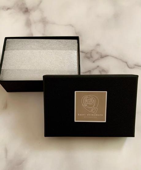 kaori shimomura | necklce&brooch Cornouiller ivory×white