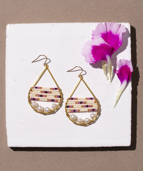 Kui Co.| Signature Earrings with 淡水パール(ピンク)