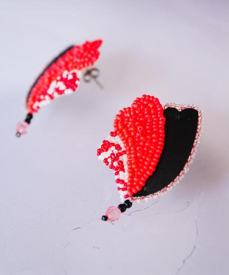 tsububu | heart earring