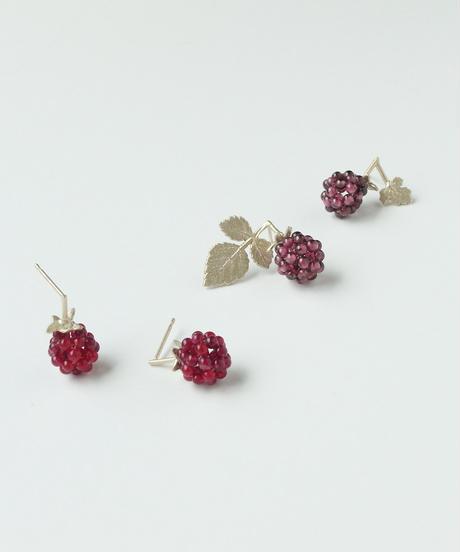 Anima uni | Raspberry leaves earrings