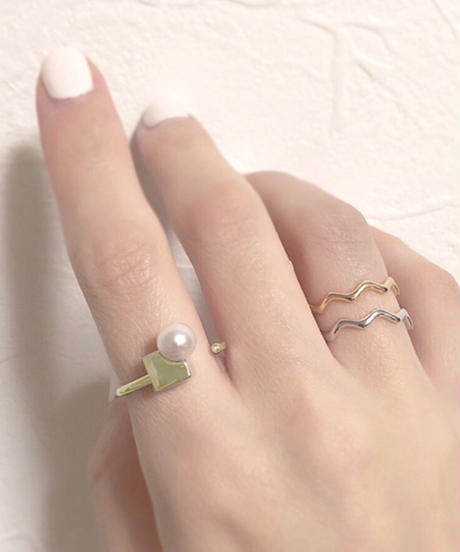 plus.jewel | solid pearl ring-square-