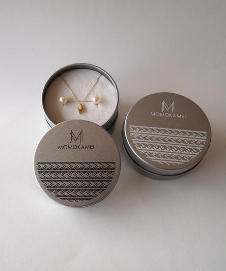 MOMOKAMEI | desert  pendant