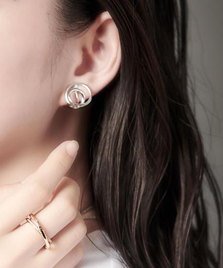 MASANA | encounter pierced earrings (silver)