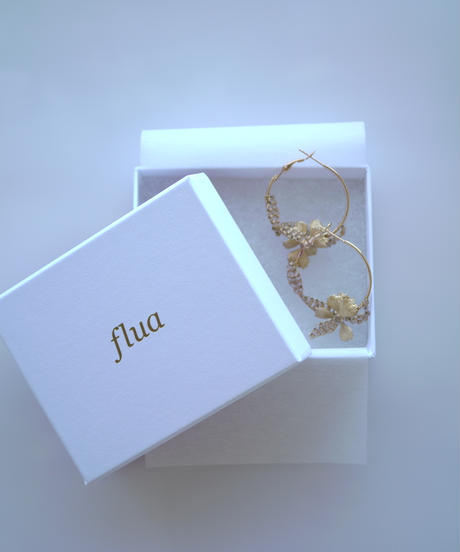 flua | チャービルリースピアス/イヤリング