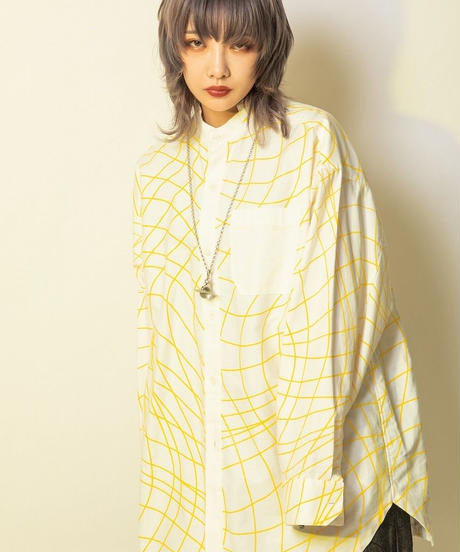 Distortion shirt  (White×black,White×yellow,White×red,White×blue,Black×white)