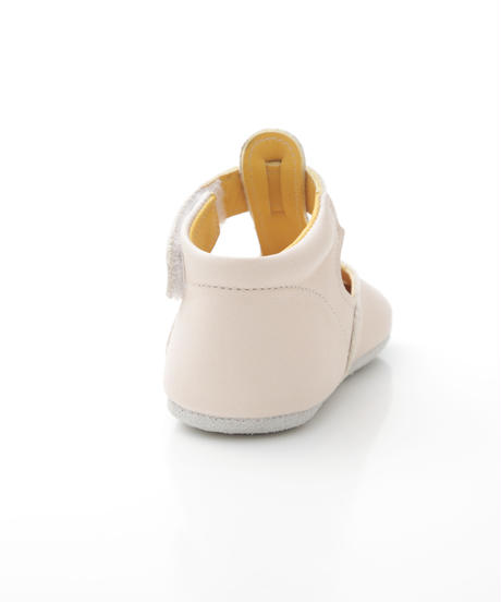 T-Strap Shoes    : c/# Beige