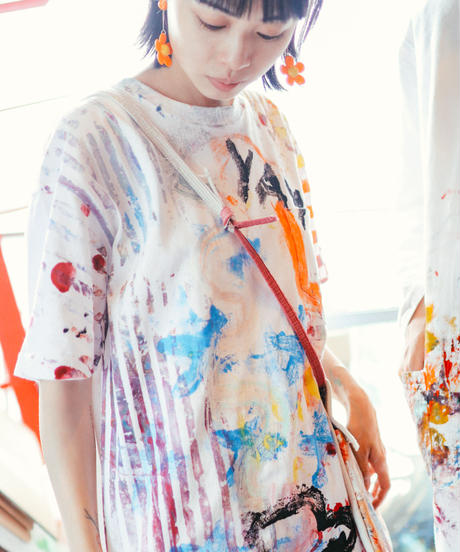 """""""遊びと色事"""" playful and colorful T-shirt, by hand-silk screen and hand-paint"""