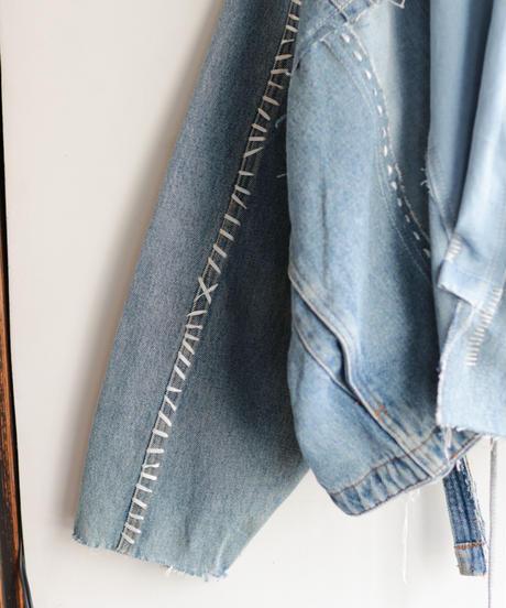 """""""すれちがって巡り合う青"""" FAREWELL AND REUNION Denim jacket, reconstructed from denim vintages"""