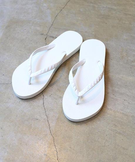 [HAYN] Beach Sandals (Studs White)