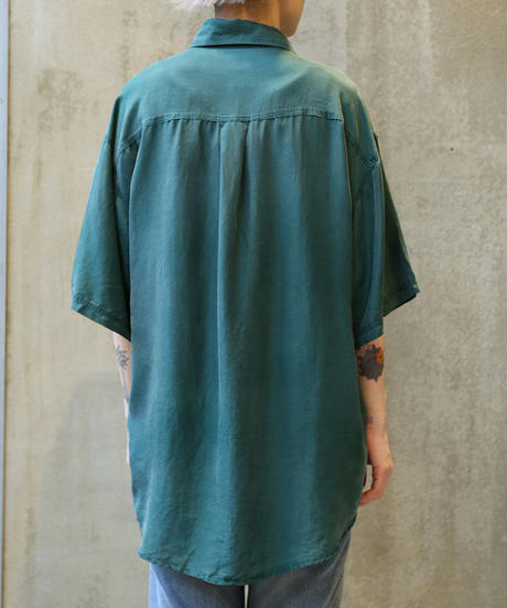 [USED] SILK SHIRT (GREEN 1)