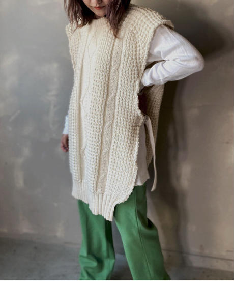 【RE;CIRCLE】Cable Knit Vest ② / 201112-017