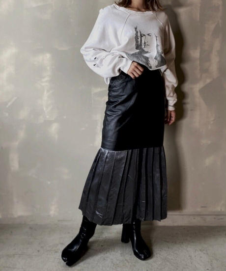 【USED】 Leather Mini Skirt / 201120-016