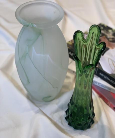 [USED] Flower Vase 36