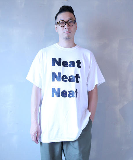 [Culture is me]  T-shirt Neat