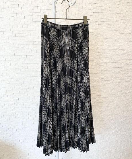 プリーツガウチョスカート