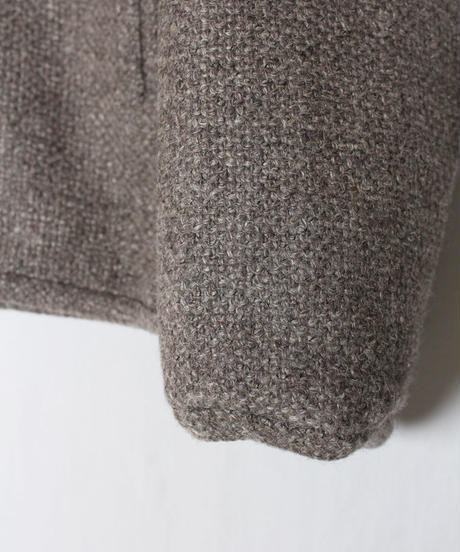 st-46B   brown pullover