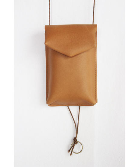 ac-22C4   camel key pouch