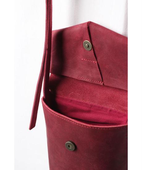ac-21R7  burgundy slim letter bag