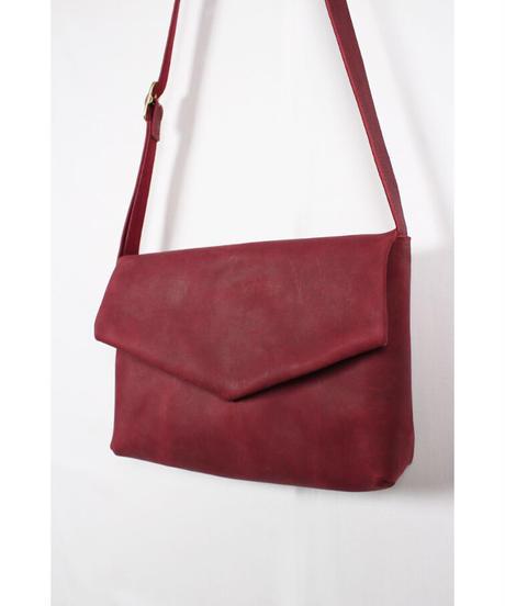 ac-20R7  burgundy letter bag