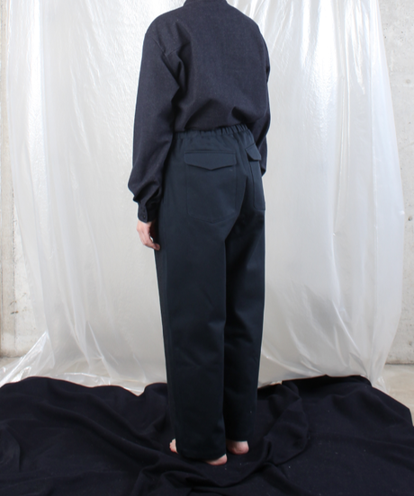 pt-28N  navy wool silk pants