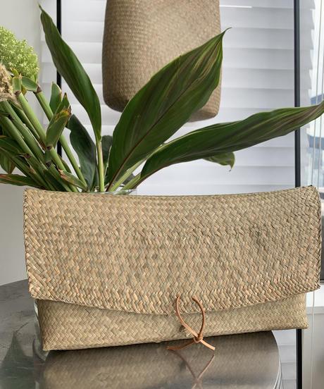 Seagrass Chillax Clutch Bag