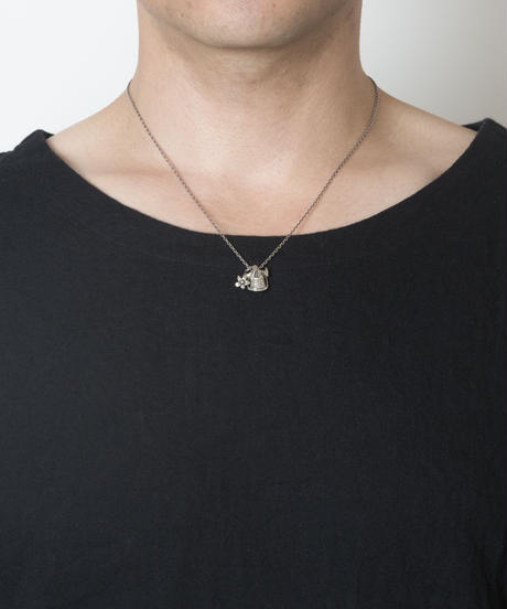 Everlasting Flower Skull Necklace