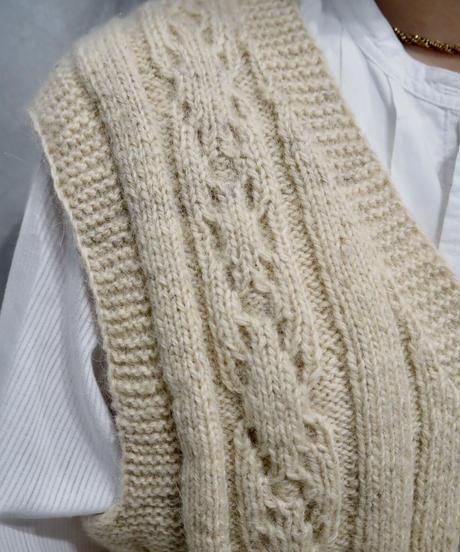 Cable V Neck Knit Vest IV