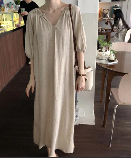 新しい女性のドレス半袖ルーズスリムVネックミニマリスト無意識の休日ドレス黒浅いリネン 8275