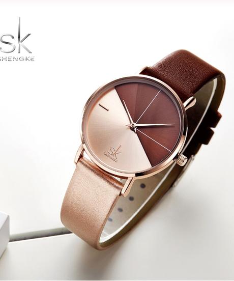 【全3色】 Shengkeレディースウォッチファッションレザー腕時計ビンテージレディースウォッチ不規則時計