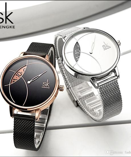 【全4色】 Shengkeレディースウォッチファッションレザー腕時計ビンテージレディースウォッチ不規則時計  のコピー
