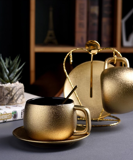 高品質ゴールドコーヒーカップセット曇りセラミックティーカップセットホームモダンマグカップエスプレッソコーヒー 2スプーン+2カップ&ソーサラーセット