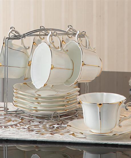 英国ゴールドパールボーンチャイナコーヒーセット英国磁器茶セットセラミックポットクリーマーシュガーボウルティータイムティーポットコーヒー 6カップ&ホルダー