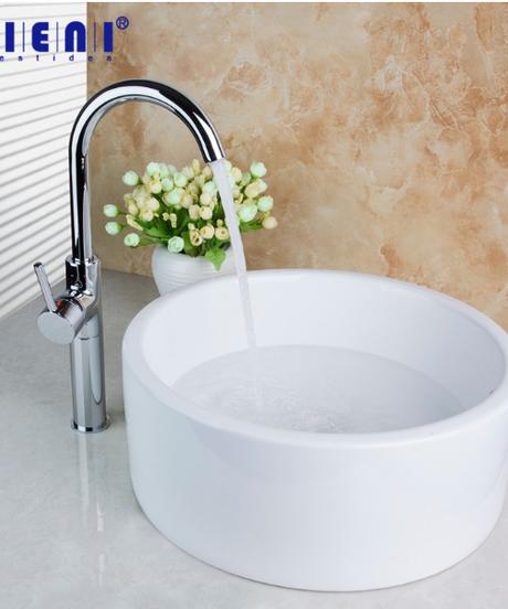 ホワイトセラミック芸術的なカウンタートップ浴室の蛇口シンクシンク真鍮ポリッシュクローム回転キッチン蛇口セット