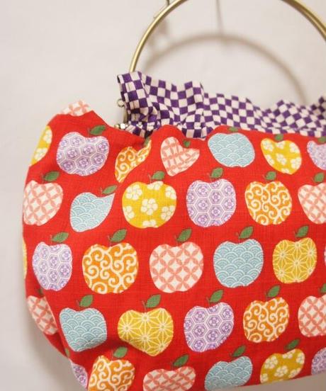 【口金バッグ】和柄りんご