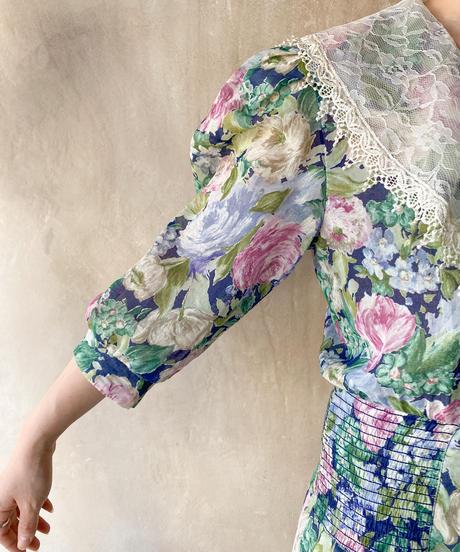 花柄BIGレース襟ワンピース