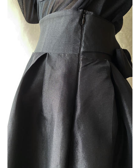 変形ウエストリボンボリュームスカート