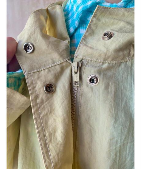 しゃかしゃかナイロンフード付きジャケット